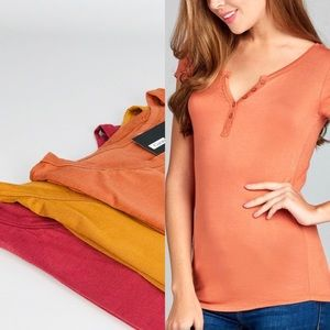 Tops - 💥NEW💥 Soft Tee in Apricot Orange